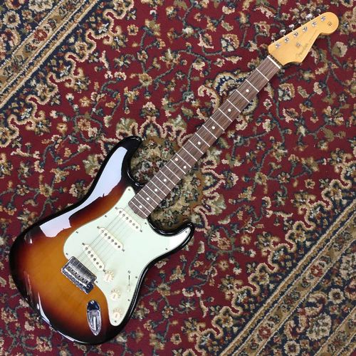 Fender Classic Player 60's Stratocaster 2009 Rosewood Fretboard 3 Colour Sunburst (Pre-Owned)